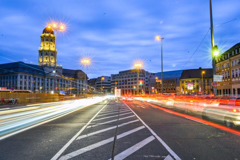 Verkehr auf Spandauer Straße